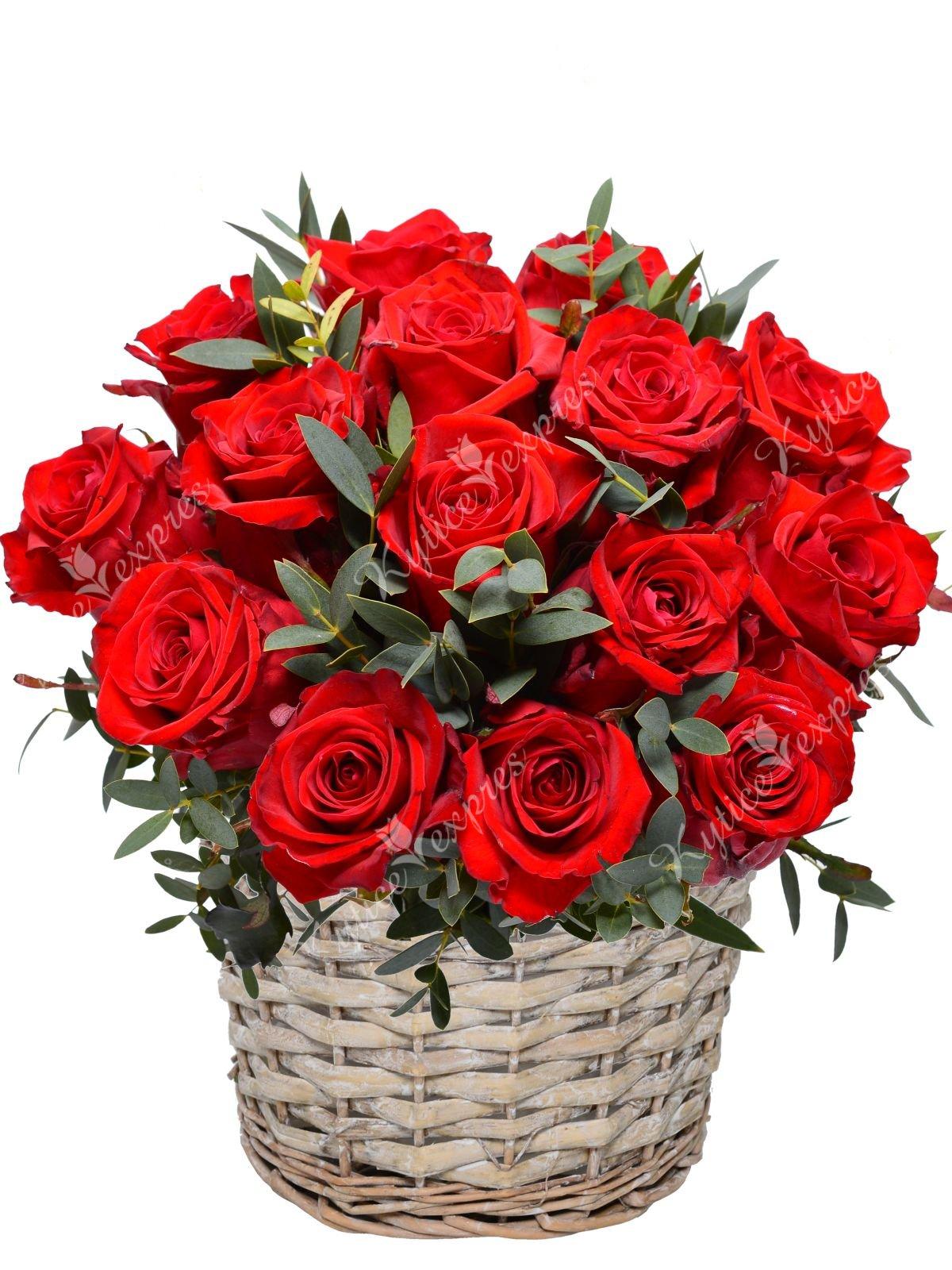Белорусские, открытки корзина красных роз